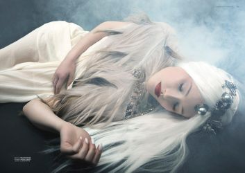 Torn IX for Dark Beauty Magazine by Michelle-Fennel