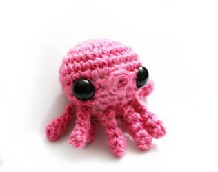 Pink Octopus by tinyowlknits