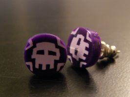 8-bit Skull Earrings by thecraftinista