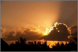 Cancun Sunset by diegoreales
