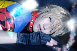 Final Fantasy X2 - Shuyin by Xeno-Photography