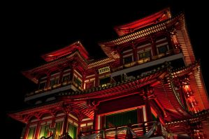 Buddha Tooth Relic Temple by analogdude