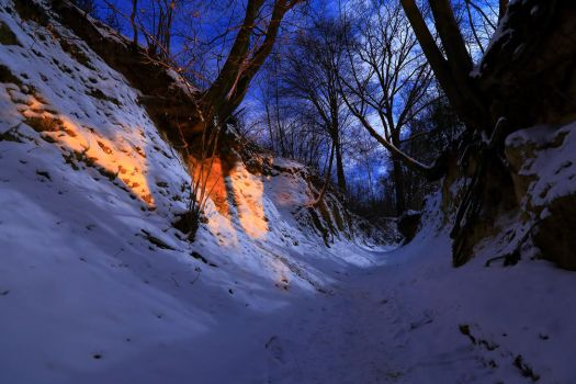 Winter in 'Root hole' gully No.1 by qaxtx