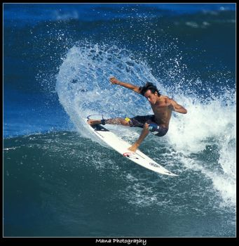 Surf Photos 101 by Mana Photo by Impact-Zone