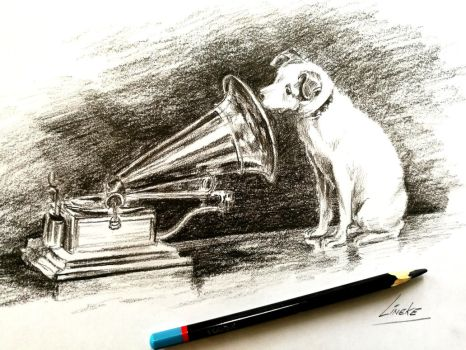 Nipper and His Masters Voice by Lineke-Lijn