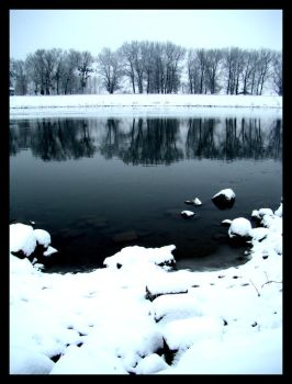 cold river by alekparkour