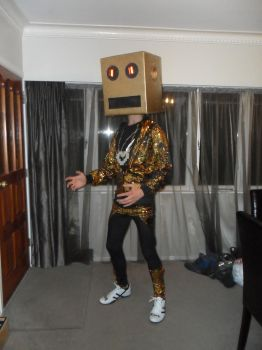 Box Head Party Rock by Teenageher0