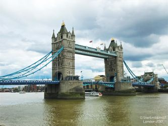 Tower Bridge by StarEmblem97