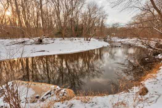Golden Winter Hour of Rock Creek (freebie) by somadjinn