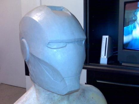 Sculpting the Iron Man helmet by dragostat2