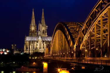 Cologne Cathedral by Linkineos