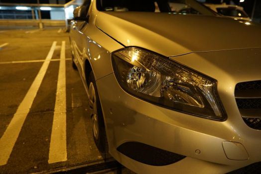 Mercedes A180 - front light - night shoot test by DansPhotos