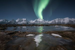 Frozen aurora by Trichardsen