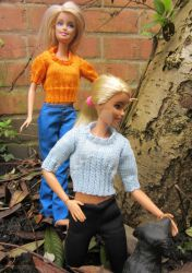 1:6th scale knitted jumpers by buttercupminiatures