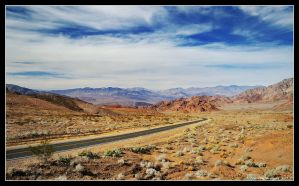 Entering Death Valley by hquer