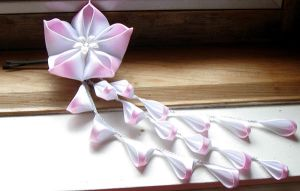 White and Pink Kanzashi by nalina