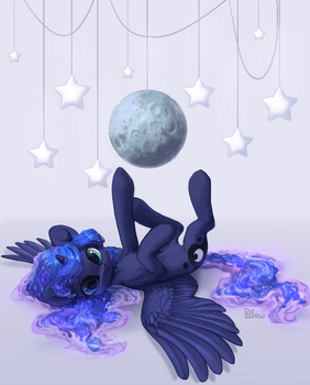 Luna by GrayPillow
