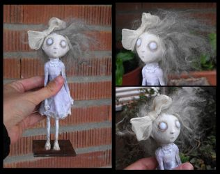 Isabella, the ghost girl. OOAK handmade doll. by Lauramei