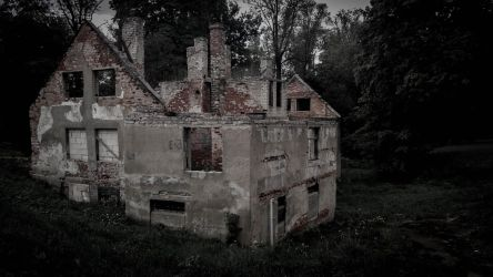 Abandoned house by Valts-M