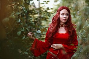 Melisandre cosplay (Game of Thrones) by palewinterrose