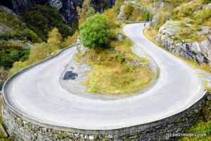Hairpin by joerimages