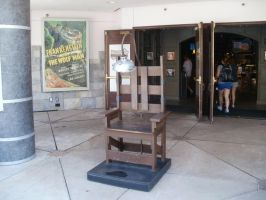 The Electric Chair by L1701E