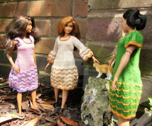 1:6th scale knitted dresses by buttercupminiatures