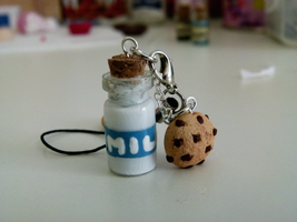 Milk Bottle Charm by ViVoRiNo99