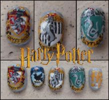 harry potter fake nails by Ninails