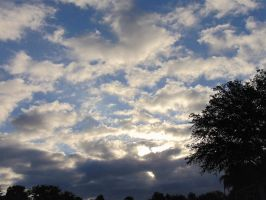 Morning sky and clouds 5-31-18 by knighttemplar1