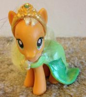 My Little Princess Pony: Applejack as Tiana by TexacoPokerKitty