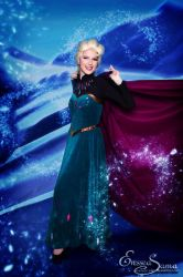 The cold never bothered me anyway! -Elsa Cosplay by Eressea-sama