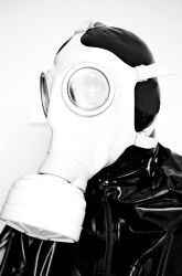 brethplay with gas mask and filter by Rubberlatexlove