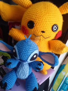 Pikachu and Stitch by Chiharu Suh by Amigurumi-sweetheart
