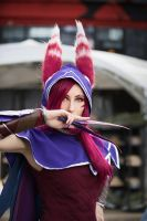 Xayah cosplay by Nyandalee