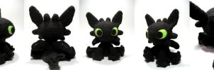 HTTYD - Night Fury amigurumi by sarsel
