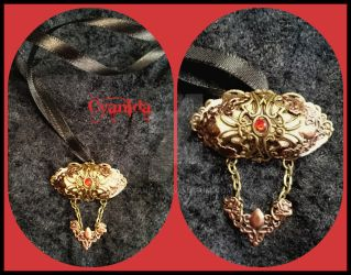 Steampunk airship necklace by Cyanida