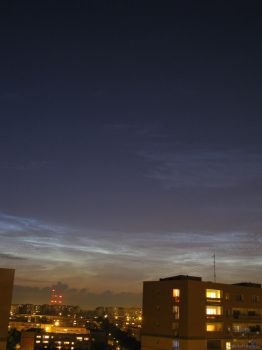 2009.07.13 Noctilucent Clouds by kasj0
