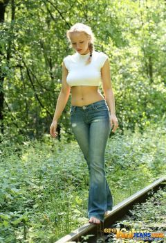 Popular-ultra-sexy-models-jeans-lovers-low-rise-gi by Mostbeautifullwomans
