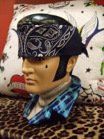 CHOLO ELVIS SIDEVIEW by luckyhellcat