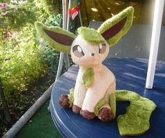 Leafeon inspired plushi by zukori