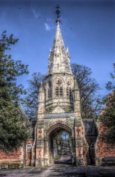 Cemetery Monument - HDR by teslaextreme