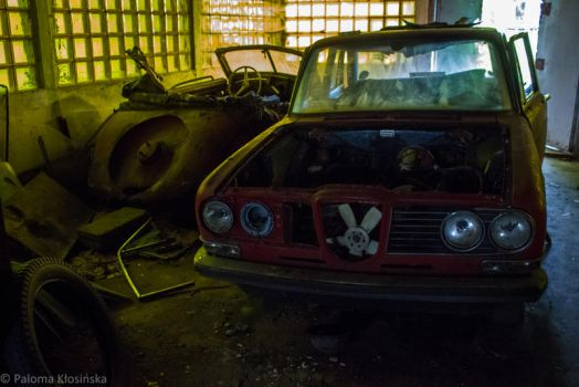 Car cemetery by unnoticeable-me