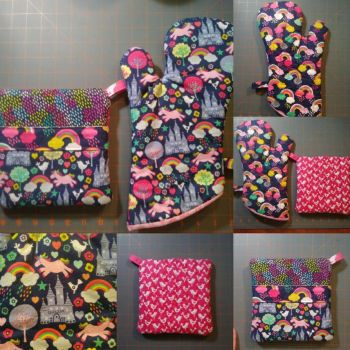 Unicorn Fantasy Oven Mitt and Hot Pad Set, ver 3 by MechanicalApple
