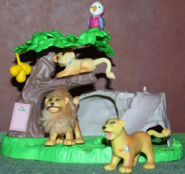 Pet Shop - Keep Me Safe Pets - Lion Family - Stock by Lovely-DreamCatcher