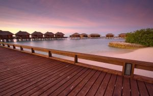 Maldives - Huts by the sea by hazmee