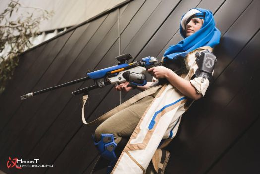 Ana Amari - Overwatch by TheAnti-Lily