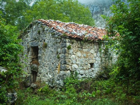 Asturias 2013 (28) - Old barn by HermitCrabStock