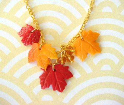 Fall Leaves Necklace by KawaiiCulture