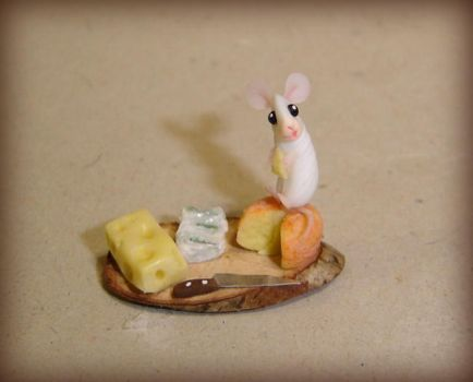 Little mouse and cheese by Fairiesworkshop